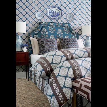 Papel Pintado con estilo Geometrico modelo OTTELIA de la marca Designers Guild