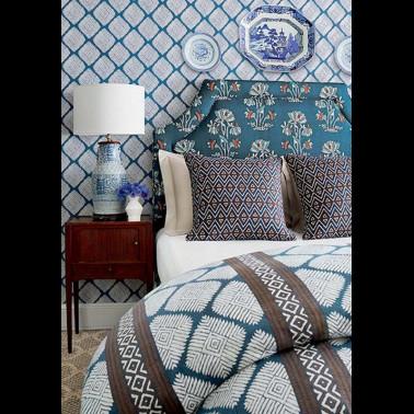 Papel Pintado con estilo Flores modelo Acueducto de la marca Designers Guild