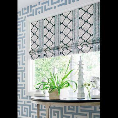 Papel Pintado con estilo Flores modelo BERETTINO de la marca Designers Guild