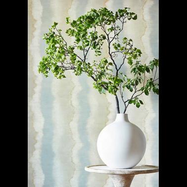 Papel Pintado con estilo Flores modelo GESSETTO de la marca Designers Guild